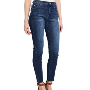 Gwenevere High-Waist Cutoff Ankle Jeans.New!